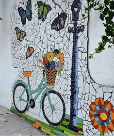 """Large feature art Mosaics you could create and won't look out of place in your own home or garden . Mural de mosaico: """"Primavera 2017 CDMX"""" Medidas x m Detalle. Mosaic Garden Art, Mosaic Tile Art, Mosaic Artwork, Mosaic Crafts, Mosaic Projects, Mosaic Glass, Garden Mural, Mosaic Mirrors, Fused Glass"""