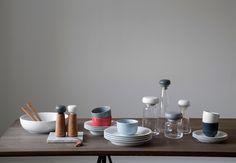 Billede fra http://bonnier.imgix.net/hammershoi-konkurrence-bo-bedre-kahler-porcelaen-stel-P2e5ttAa3FclsmY2nZ-QQQ.jpg.