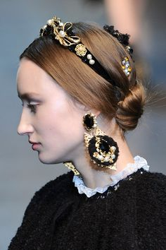 diademas barrocas (perlas, oro y negro)