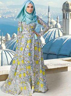 ♥ Muslimah fashion hijab style - whoa love the dress Modest Dresses, Modest Outfits, Modest Fashion, Hijab Fashion, Maxi Dresses, Hijab Abaya, Hijab Dress, Muslim Women Fashion, Islamic Fashion