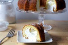 Ladies and Gentlemen! the twinkie bundt – smitten kitchen No Bake Desserts, Just Desserts, Delicious Desserts, Baking Recipes, Cake Recipes, Dessert Recipes, Baking Tips, Kitchen Recipes, Bread Baking