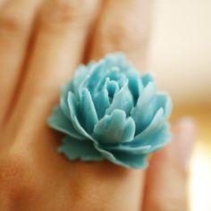 large rose ring-turquoise blue