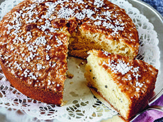 Recept Linda Anderssons kardemummakaka | Allas Recept Cookie Desserts, No Bake Desserts, Delicious Desserts, Halloumi, Bagan, Baking Recipes, Cake Recipes, Cafe Food, Bread Baking