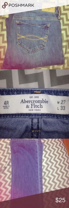 Abercrombie & Fitch New York jeans Straight cut barely warn. Amazing condition Abercrombie & Fitch Jeans Straight Leg