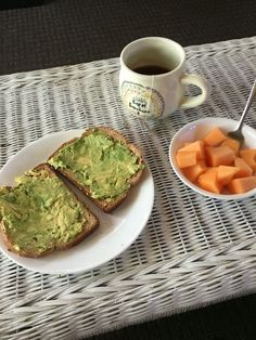 A very healthy snack including avocado toast, sliced cantaloupe, and tea - Food. - A very healthy snack including avocado toast, sliced cantaloupe, and tea – Food✨ – - Healthy Snacks, Healthy Eating, Healthy Recipes, Food Goals, Avocado Toast, Aesthetic Food, Food Inspiration, Love Food, Clean Eating