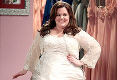 funniest Mike and Molly scenes   ustv_mike_and_molly_wedding_dress.jpg