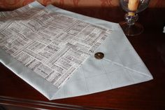 10 minute table runner-- Really easy to do, I always make for me and 1 to give away 10 Minute Table Runner, Picnic Blanket, Outdoor Blanket, Table Runner Pattern, Tablerunners, Free Pattern, Sewing Projects, Crafty, Quilts