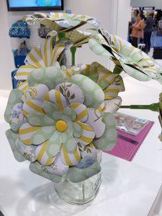 We r memory keepers flower punch board Flower Punch Board, Envelope Punch Board Projects, Envelope Maker, We R Memory Keepers, Product Ideas, American Crafts, Board Ideas, Garlands, Fiestas