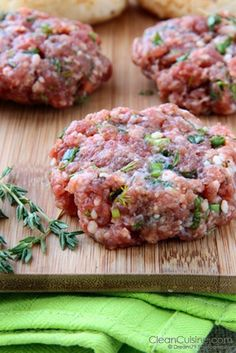 greek burgers ~ ground chicken, juice of 1/2 lemon, 1 minced clove of garlic, 1/2 tsp of basil, 1/2 tsp of oregano, 1/4 c feta