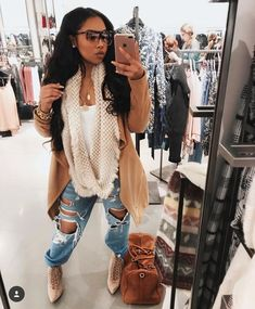 Cute outfit inspo for a classy fall street style Baddie Outfits For School, Trendy Outfits, Cute Outfits, Fashion Outfits, Womens Fashion, Fashion Trends, Fashion Lookbook, Jeans Fashion, Work Outfits