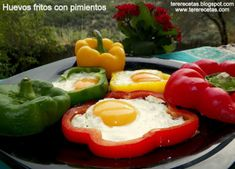 Huevos fritos con pimientos
