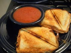 Grilled Pizza Pockets with a Sandwich maker