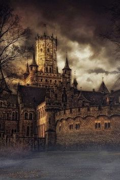 Medieval Mzmarienburg castle in Germany (Marienburg Castle Hanover Germany/castles & cottages)