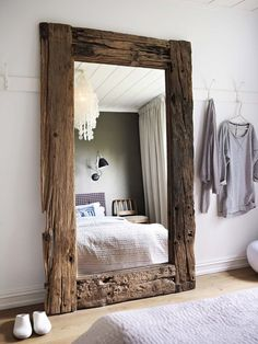 43 Cozy Rustic Home Decor Ideas - DECORRACKS : 43 Cozy Rustic Home Decor Ideas - Home decorating can be very fun but yet challenging at times; whether it be with western decorations or rustic home decor. Western home decor is decor. Mawa Design, Design Ideas, Design Styles, Design Miami, Loft Design, Country Decor, Rustic Decor, Country Living, Country Homes Decor