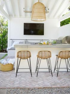 Small Space Interior Design, Interior Design Living Room, Outdoor Living Rooms, Outdoor Dining, Backyard Retreat, Garden In The Woods, Garden Design, Landscape Design, Small Spaces