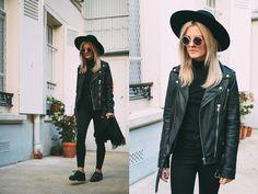 Marinathemoss.com - Miu Sunnies, Edited Leather Jacket - Marinathemoss.com IN PARIS