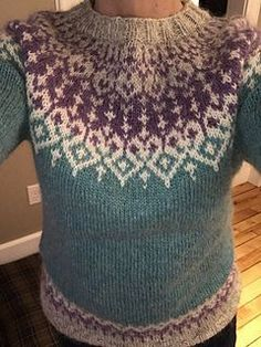 Ravelry: Hjarta Lopi pattern by Amy Gleixner Fair Isle Knitting Patterns, Fair Isle Pattern, Sweater Knitting Patterns, Knit Patterns, Crochet Wool, Knitting Wool, Free Knitting, Fair Isle Pullover, Punto Fair Isle