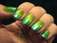Love these ombré nails!