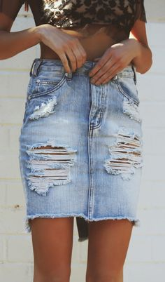 Destroyed denim skirt // buy here here and here