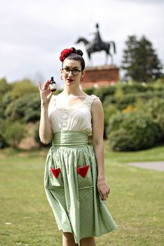 I love this skirt! Via Diary of a Vintage Girl