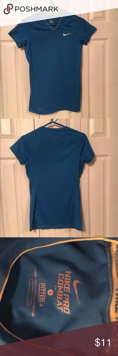 Nike Dri-fit workout top Awesome Nike dri-fit workout top! Barely worn and in perfect condition. Nike Tops