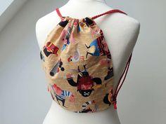 Kindergarten-Turnbeutel mit Piraten -beige- von Seemannsfaden auf DaWanda.com Austria, Drawstring Backpack, Kindergarten, Backpacks, Bags, Fashion, Sailor, Cinch Bag, Pirates