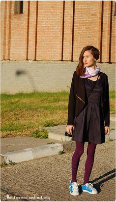 Rochie/dress RubyFashion.ro tights miniPRIX handmade earrings snikers Lonsdale random scarf geanta/bag vintage Blazer ProdigyRed.com  pantofi/shoes Debenhams colier/necklace Jewelry Box 2'geanta/bag Avon (?)