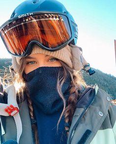 - Travel tips - Travel tour - travel ideas Ski Et Snowboard, Snowboard Girl, Ski Ski, Mode Au Ski, Snowboarding Style, Snowboarding Women, Ski Girl, Snow Outfit, Ski Season