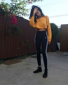 Style 64 Cute Sporty Outfits for School You Must Try Cute Sporty Outfits, Chill Outfits, Sport Outfits, Trendy Outfits, Hiking Outfits, Teenage Outfits, Teen Fashion Outfits, Look Fashion, Womens Fashion
