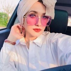 5181 likes 29 comments Fashion Hijab (T M.modern) on Instag Beautiful Girl Image, Beautiful Hijab, Girl Photo Poses, Girl Photography Poses, Girl Pictures, Girl Photos, Profile Pictures, Mode Turban, Dps For Girls