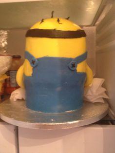 Back first minion cake