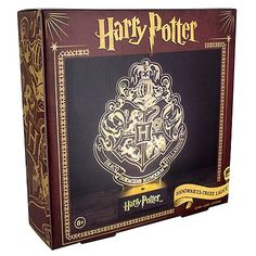 Shine a little magic on your desk or mantle piece with this stunning Harry Potter Hogwarts Crest Light.   A beautiful LED light inspired by the iconic crest of Hogwarts School of Witchcraft and Wizardry, the light features the symbols of all four houses of Hogwarts: Gryffindor, Hufflepuff, Ravenclaw and Slytherin.