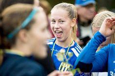 Asarum IF är klart för elitettan 2018! – När jag skrev på för tre år var målet att ta upp laget, säger Stefan Ekstrand, tränare i AIF. Jitex besegrandes med 2–1 (2–1) inför närmare 800 åskådare.