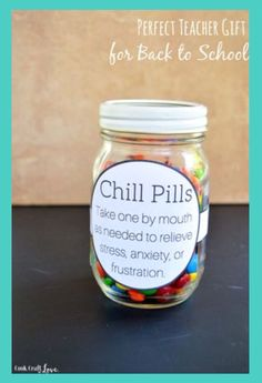 DIY Teacher Gifts - Perfect Teacher Gift For Back To School - Cheap and Easy Presents and DIY Gift Ideas for Teachers at Christmas, End of Year, First Day and Birthday - Teacher Appreciation Gifts and Crafts - Cute Mason Jar Ideas and Thoughtful, Unique G Diy Cadeau, Teacher Appreciation Week, Employee Appreciation Gifts, Creative Gifts, Unique Gifts, Craft Gifts, Gag Gifts, Teacher Presents, Diy Gifts For Teachers