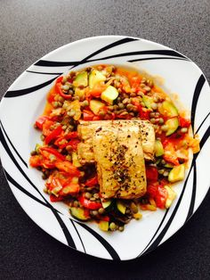 RECEPT: Uzený šmakoun se zeleninou a čočkou Ratatouille, Paella, Tofu, Ethnic Recipes, Diet