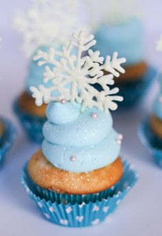 Frozen movie cupcakes!