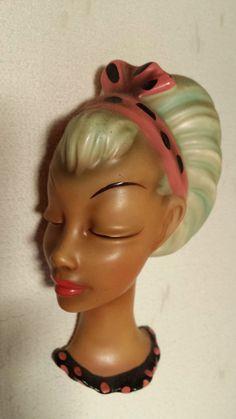 http://www.ebay.de/itm/Seltene-Wandmaske-Wandkopf-Cortendorf-1950-Goldscheider-/381195016788?pt=LH_DefaultDomain_77