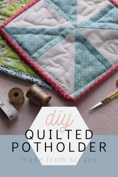 Repurposing fabric scraps is one of my favorite things to do. Here's how to make a simple DIY quilted potholder using your quilting scraps! Crochet Birds, Crochet Bear, Crochet Food, Crochet Animals, Sewing Blogs, Easy Sewing Projects, Quilting Tutorials, Sewing Tutorials, Quilt Patterns
