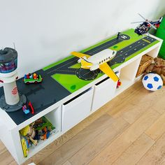 1000 images about spieltisch on pinterest ikea lack play table and lego. Black Bedroom Furniture Sets. Home Design Ideas