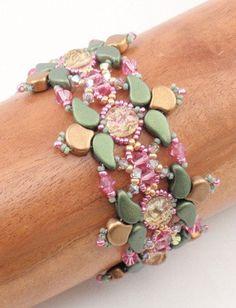 Beading Tutorial for Everlasting Bracelet beading tutorials Seed Bead Bracelets Diy, Seed Bead Necklace, Seed Beads, Beaded Bracelets, Beaded Necklace Patterns, Seed Bead Patterns, Beading Patterns, Seed Bead Tutorials, Beading Tutorials