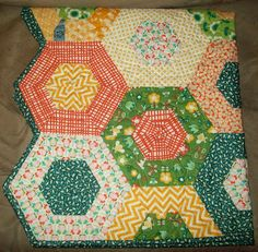 My Quilt Diet...: Sweet Hadley's Hexy Blankie Mini Tutorial