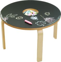 This Woody Chalkboard Table may just be the perfect play table for your little ones.  Chalkboard top, storage for the chalk in the center.