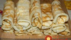 Palacinky bez múky, z tvarohu - nepriberiete z nich ani gram! Free Paleo Recipes, Low Carb Recipes, Healthy Recipes, Cooking Recipes, Food Humor, Yummy Eats, Food 52, Clean Eating Recipes, My Favorite Food