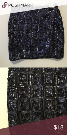 Blue sequined mini skirt Cute dark blue mini skirt. Never worn! NWT! Great for the holiday season! H&M Skirts Mini