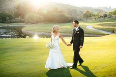 Golf Course Wedding A candid photo of the couple walking on the grounds of the beautiful Maderas Golf Club. Famous Golf Courses, Public Golf Courses, Golf Photography, Fashion Photography, Wedding Photography, Golf Mk2, Golf Club Sets, Golf Clubs, Golf Wedding