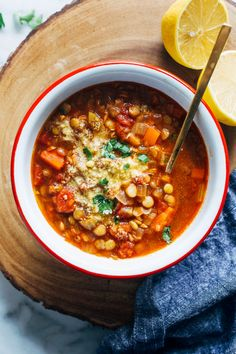 The Best Lentil Soup- a classic lentil soup recipe that's perfectly seasoned and brightened with a squeeze of fresh lemon juice! Best Lentil Soup Recipe, Lentil Salad Recipes, Veggie Recipes, Chicken Recipes, Dinner Recipes, Tilapia Recipes, Free Recipes, Breakfast Recipes, Healthy Vegetarian Meal Plan
