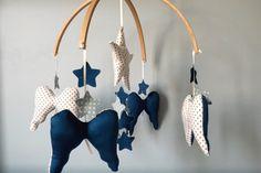mobille ailes d'ange liberty, nuages en lin et étoiles : Jeux, peluches, doudous par my-home-made