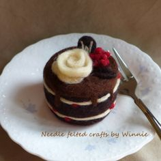 Needle felted cake Raspberry chocolate cake by FunFeltByWinnie, $38.00