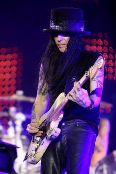 One of the greatest guitar players of all times !