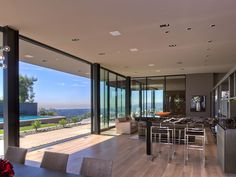 Sunset Strip Luxury Modern House With Amazing Views Of Los Angeles, California